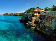 Grand Wailea Resort, Maui, Hawaii https://www.worldtrip-blog.com