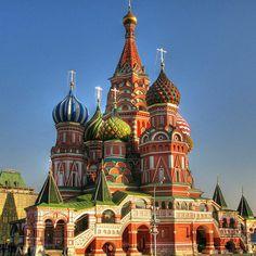 【世界遺産】ロシアにあるオモチャのような建築物。400年以上もの歴史がある寺院・聖ワシリイ大聖堂に行ってみたい。