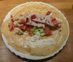 Wraps selber machen - schnell, einfach und gesund! Das Rezept zum Ausbacken in der Pfanne von die_juliska's Foodblog!
