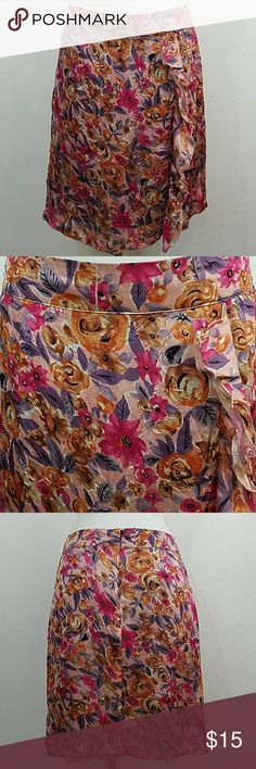 "Floral Print Skirt By Downeast Floral Print Skirt By Downeast. In great condition. Size small.  Waist 28"" Length 22"" 100% Polyester Downeast Skirts"