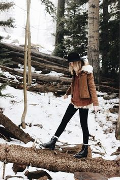 Cute Winter Casual Outfits for Teens to Wear School 35 Fall Winter Outfits, Winter Wear, Autumn Winter Fashion, Mens Winter, Fall Fashion, Travel Fashion, Bohemian Winter Fashion, Winter Outfits Warm Layers, Women's Casual