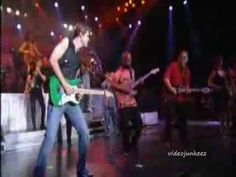 ▶ CHICAGO and EARTH WIND and FIRE - 25 or 6 to 4 - YouTube