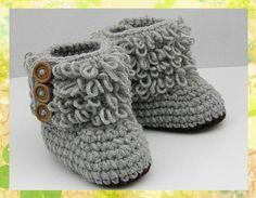 Handmade Crochet Newborn Baby Booties by MiniBeeBee