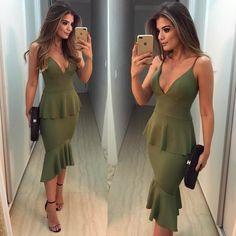 """15.8 mil curtidas, 213 comentários - Blog Trend Alert (@arianecanovas) no Instagram: """" Vestido @zenoficial Eu e meu amor por estampas e midi • #lookdodia #ootd #selfie…"""""""