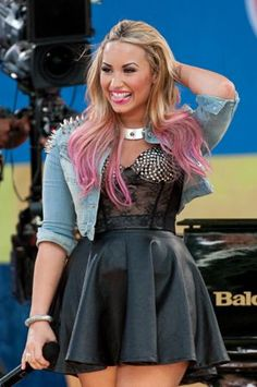 Demi Lovato GMA July-2012...