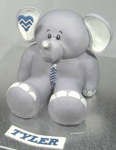 3D Elephant Cake by https://www.facebook.com/pages/Carrys-Cakes/824495297611558