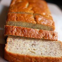 Buttermilk Banana Bread, this was one of the best banana bread recipes I have ever eaten. Buttermilk Banana Bread, Super Moist Banana Bread, Buttermilk Recipes, Best Banana Bread, Banana Bread Recipes, Taste Of Home Banana Bread Recipe, Banana Nut, Köstliche Desserts, Delicious Desserts