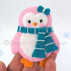PDF Pattern Penguin Felt Pattern Felt Penguin by CasaMagubako Penguin Ornaments, Felt Christmas Ornaments, Christmas Crafts, Christmas Decorations, Felt Patterns, Sewing Patterns, Felt Glue, Felt Penguin, Craft Projects