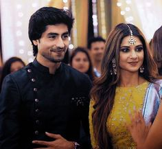 Tashan E Ishq, Jennifer Winget, Film Quotes, Beautiful Smile, Actresses, Indian, Stars, Color, Jewelry
