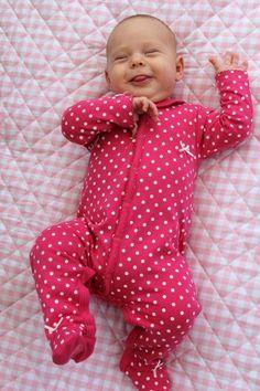 Strampler Sweet Dots ♥ Herzilein Wien ♥ #herzileinwien #kindermode #baby Kind Mode, Babys, Onesies, Kids, Clothes, Fashion, Babies, Children, Outfit