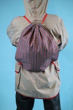 Pellibag zur Aufbewahrung und zum Mitnehmen der Pelerinen Rain Wear, Drawstring Backpack, Backpacks, Bags, Vintage, Fashion, See Through, Young Adults, Children