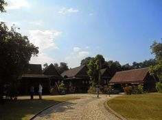 Baan Sao Nak in Lampang city, a must see in that pituresque city (watch my travelblog: http://ramingodentro.blogspot.it/2015/02/lampang.html)