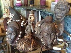 Afrikaanse kunst in hout.... Te koop bij Medussa Heist op den berg
