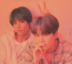 Find images and videos about kpop, bts and v on We Heart It - the app to get lost in what you love. Bts Suga, Bts Taehyung, Bts Bangtan Boy, Tsundere, Yoonmin, Namjin, K Pop, Taekook, Bts Concept Photo