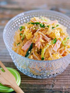 "♪ excellent taste preeminent in 10 minutes ♪ I want to eat and have ♪ ""Vermicious feast salad"" Asian Recipes, Healthy Recipes, Ethnic Recipes, Japanese Dishes, Japanese Food, Tiny Food, Asian Cooking, Good Food, Food And Drink"