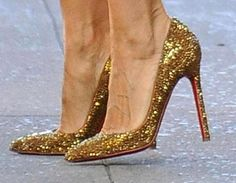 Shoes Like Carrie Bradshaw: Sex And The City