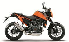 2015 EICMA: KTM 690 Duke and 690 Duke R