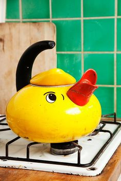 chicken teapot!