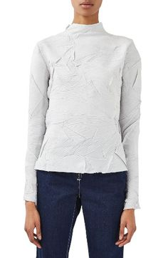 Free shipping and returns on Topshop Boutique Crinkle Top at Nordstrom.com. Eye-catching crinkle fabric amps the modern look of a long-sleeve funnel-neck top essential to your scene-stealing wardrobe.