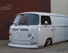 Inside The Build: Silver Rest Japan's 1972 VW Type 2 - Slam'd Mag wants you to share the best of & rides! Volkswagen Transporter, Volkswagen Bus, Vw Camper, Campers, Art Hippie, Mercedes Benz, Kombi Home, Lowered Trucks, Dodge Trucks