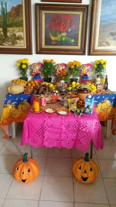 Día de muertos.  Hermosas tradiciones de mi México. 1 y 2 de Noviembre