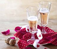 There's nothing like a good champagne to set a romantic mood #Love #Romance