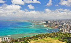 """My wife and I had been wanting to cross out a line in our bucket list so one day we just decided to take our backpacks and flew to Oahu, Hawaii. One huge experience we really treasure was hiking through miles of treacherous trails towards the Diamond Head mountain summit and getting a breathtaking overview of the Waikiki urban landscape facing the sea, as shown in this picture."" (From: 30 Beautiful Photos of the Hawaiian Islands)"