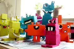 Line Frøslev: Monsterskulptur af genbrugstræ (klodsmonstre)