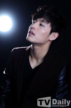 "Handsome Sunbae"" Kang Ha Neul ♡ // The Korean Star, Korean Men, Asian Men, Asian Boys, Asian Actors, Korean Actors, Dramas, Jun Matsumoto, Kang Haneul"
