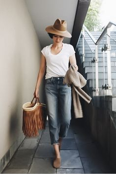 lovely summer outfits to wear now summer outfits ideas & Summer Outfits Women Over 30, Modest Summer Outfits, Summer Outfit For Teen Girls, Jeans Outfit Summer, Preppy Outfits, Curvy Outfits, Mom Outfits, Outfits For Teens, Weekend Outfit