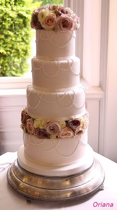 by The Abigail Bloom Cake Company