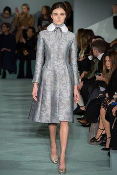Oscar de la Renta Fall 2016 Ready-to-Wear Fashion Show - Esmee Middel