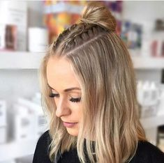 Hair Styles For School 49 Super-Trendy Beautiful Hairstyles for School Isabelles. Cute Hairstyles For School, Easy Hairstyles For Long Hair, Casual Hairstyles, Braids For Long Hair, Pretty Hairstyles, Braided Hairstyles, Office Hairstyles, Anime Hairstyles, Hairstyles Videos