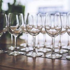 A definitive guide to which alcohol is permitted on a low carb and keto diet. You can find the answers to all of your alcohol questions here!