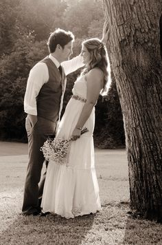 Wedding photography. Rustic wedding attire.