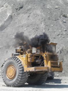 #Caterpillar 651 blowing some smoke #ThrowbackThursday