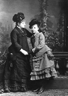 1876: A MOTHER WITH HER ADOLESCENT DAUGHTER. - via Getty Images