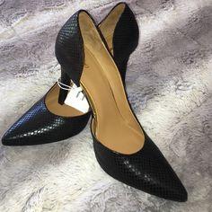 "NEW croc type pattern heels SALE today Skip in for work or dress heel size 4"" Shoes Heels"