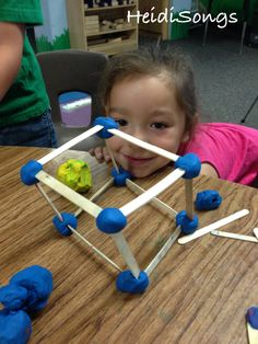 kindergarten fun hands-on math/ science center: building shapes with popsicle sticks and playdough Math Classroom, Kindergarten Math, Fun Math, Math Games, Preschool Activities, Elementary Math, Teaching Shapes, Teaching Math, 2d And 3d Shapes