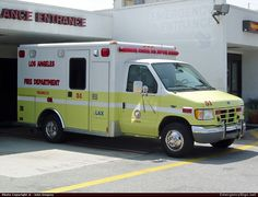 Wheeled CoachAmbulanceLos Angeles Fire DepartmentEmergency Apparatus Fire Truck Photo Fire Dept, Fire Department, Ford Ambulance, Public Security, Rescue Vehicles, Fire Equipment, Fire Apparatus, Emergency Vehicles, Firefighting
