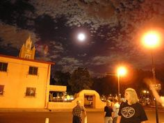Moonlight Ghost Tour, Old Town Albuquerque, New Mexico, August 28, 2007 :: Areyouinmyphoto.com