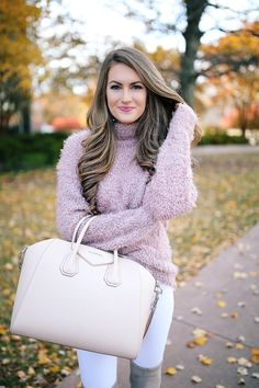 """Southern Curls & Pearls: The """"It"""" Boots for Winter"""