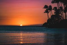 The special moment when day turns to night #OurHawaii