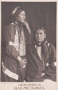 HIGH HERON & HAS NO HORSES, Lakota (Gertrude Kasebier, 1898)