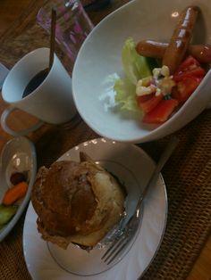 台風の日の朝食
