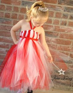 This looks easy to make....but I think my Abby Doo would think it is quite itchy....and that would never do for a Princess!!!