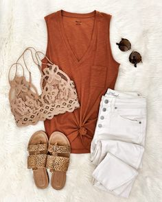 Looking for casual outfits to wear in spring? Here are the 31 casual spring outfits we've collected for you! Spring Outfit Women, Spring Summer Fashion, Spring Outfits, Winter Fashion, Outfit Summer, Summer Dresses, Mode Outfits, Casual Outfits, Fashion Outfits