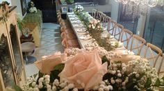 Mesa Por Denny Santiago Mesa casamento  Wedding decor Reception table peach and green florals