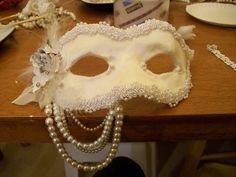 Romantic Mask