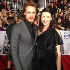 Oh, hello there @Outlander_Starz's @SamHeughan and @caitrionambalfe! Looking good at the #PCAs #PCAs2015 #Outlander